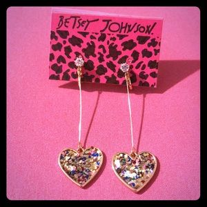 Betsy Johnson adorable Earrings!!